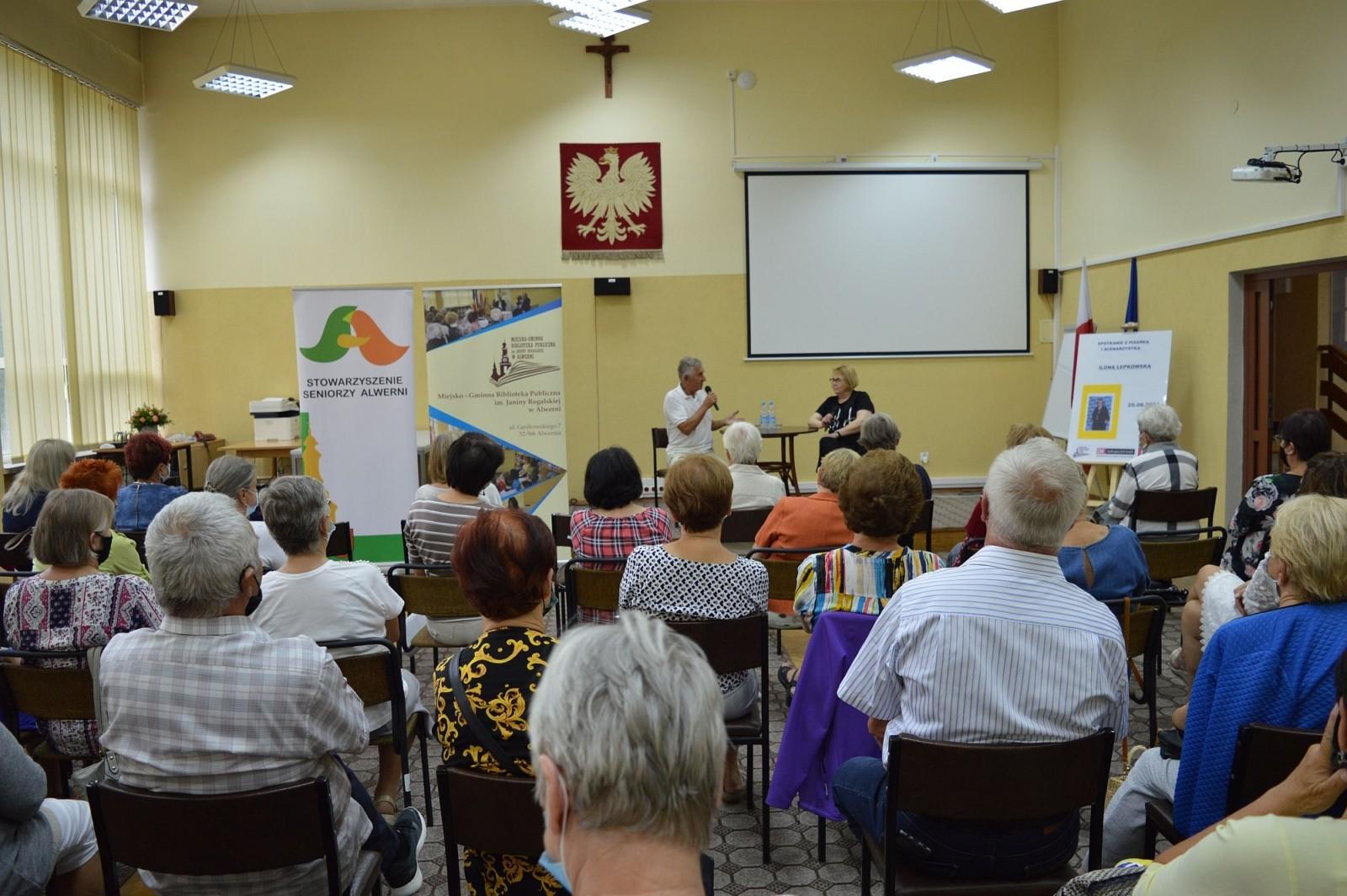 Spotkanie z pisarką i scenarzystką Iloną Łepkowską, Alwernia 20.08.2021